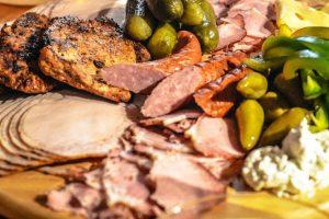8 znakova koji govore da jedete mnogo mesa
